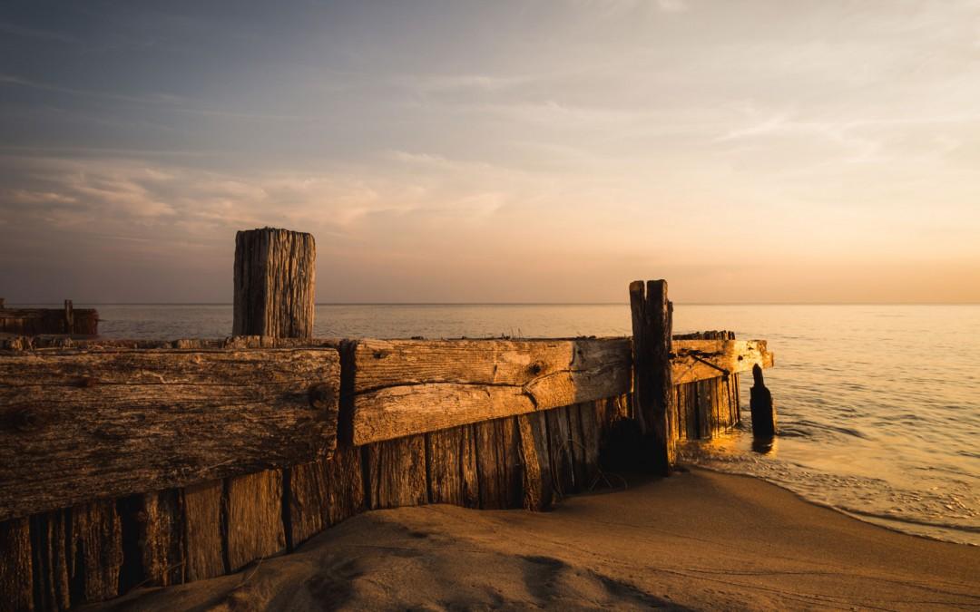 SEAWALLS: 8.8.2014
