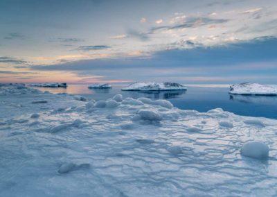 Frozen book images-025